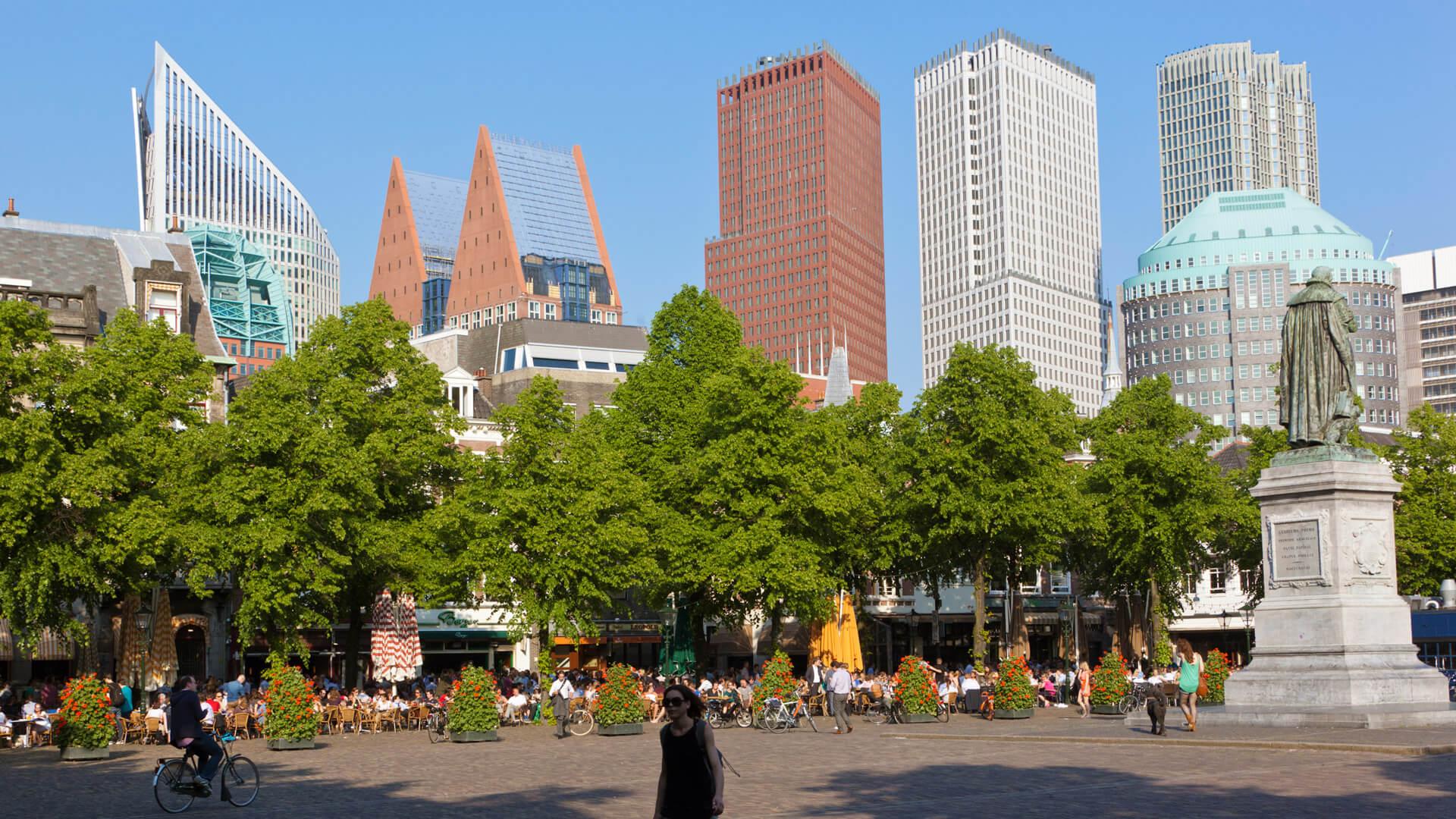 Wonen-in-Den-Haag-Werk-yoreM-plein-Den-Haag